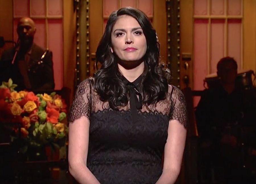 SNL opened the show last night with a message of solidarity to Paris *WATCH*