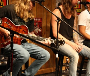 Dirty Heads Buzz Session Photos