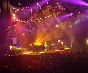 The Buzz at Motley Crue Farewell Tour