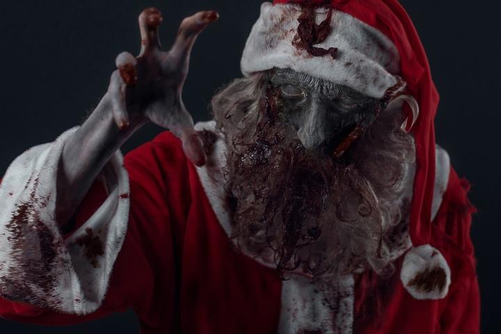 I Swear to Drunk I'm Not Santa Claus!