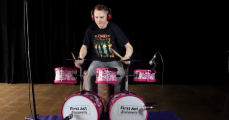 """Slayer's """"Raining Blood"""" Performed with Children's Instruments — Video"""