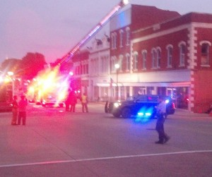 Apparent Building collapse in downtown Vandalia