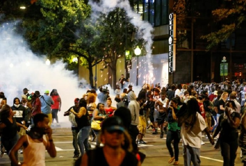 Charlotte shooting: State of emergency amid protests