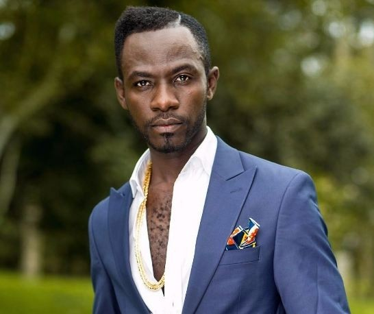 'Okyeame Kwame Works Hard to Look Good' – His wife says as he gets crowned the Male Fashion Celebrity Icon of the Year