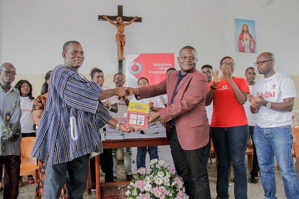 Vodafone Foundation donates to St. Thomas Aquinas