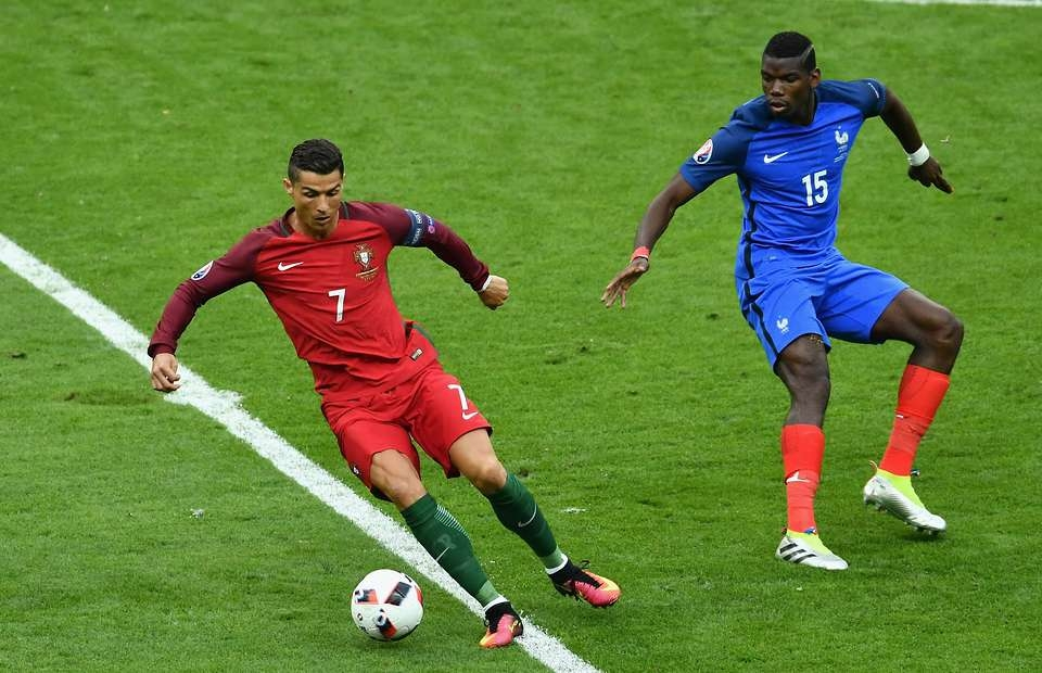 Cristiano Ronaldo should win the 2016 Ballon d'Or - Paul Pogba