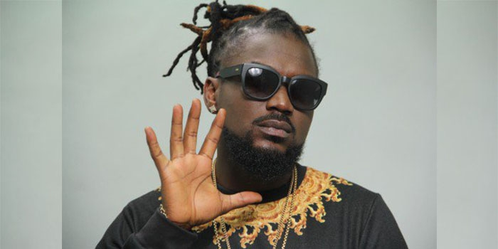 ‪Samini reveals why he flies His Mother Abroad Instead of his friends