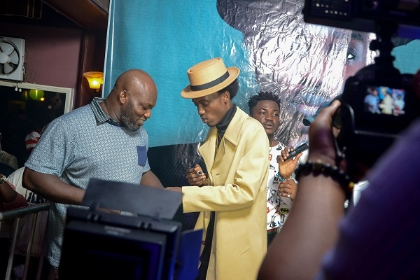 Fans Pay GHc1000 Each for First TEN Copies of Opanka's 'Akwaaba' album