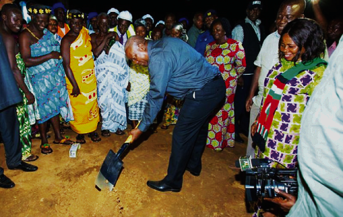 Prez. Mahama cuts sod for New Edubiase stadium