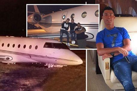 Cristiano Ronaldo's plane CRASHES in Barcelona