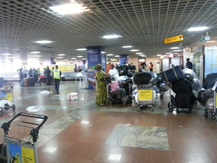 Ghanaian deportees refuse to disembark from plane at Kotoka