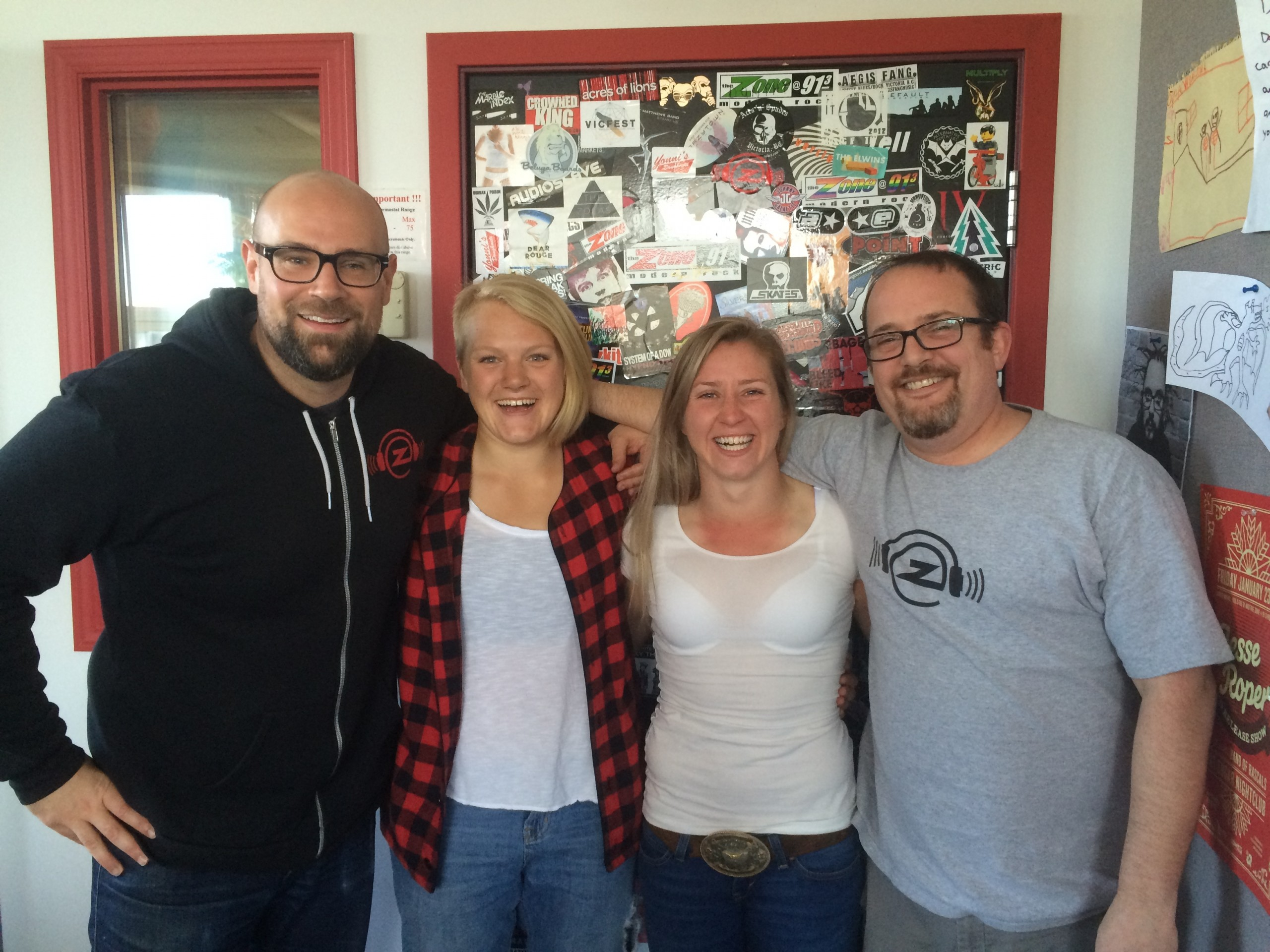 Morning Zone vs. Kayla Moleschi & Sara Kaljuvee of Rugby Canada's 7's